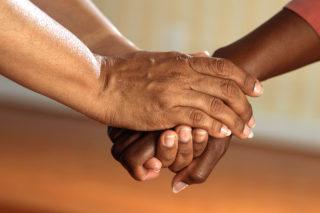 http://precioushospice.com/wp-content/uploads/2015/12/BEAREAVEMENT-care-precious-hospice-atlanta-320x213.jpg